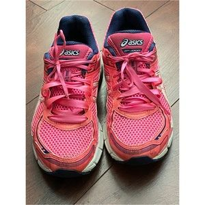 Used ASICS Gel GT 1000 Running Shoes